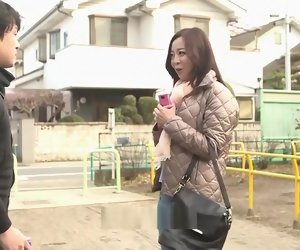 38:33 , Classy breasty Japanese mom Kaori giving a handjob take public