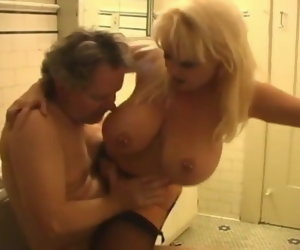 9:22 , mature couple, she cleans his cum with mouth (big tits)