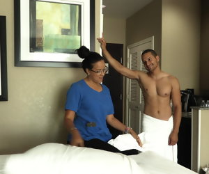 12:21 , Slutty room service maid gets fucked by hotel guest