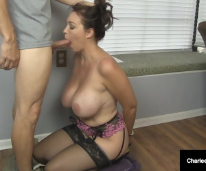 8:00 , Husband's Employer Gets Milf Charlee Chase Apropos Suck His Cock!