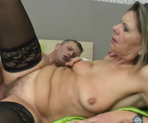 29:39 , Sexxxy mature pounded by young stud