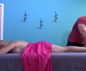 37:15 , BRIANNA BEACH - MOTHER'S Mischievous MASSAGE FROM SON