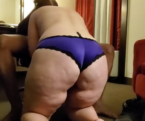 12:05 , Cuckold - Wife meets with new bull in hotel, goes bareback