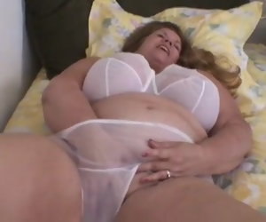 7:14 , Curvy Sharon - Mommie Wants You