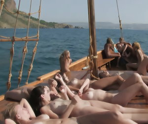 17:56 , Nude Minority first of all Boat full Vid # 4 better Quali