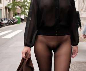 7:12 , No skirt seamless pantyhose just about public