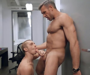 28:12 , fucking in the office... Alex Mecum & Theo Brady 8BAREBACK).