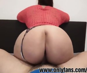 10:26 , Latina huge ass POV