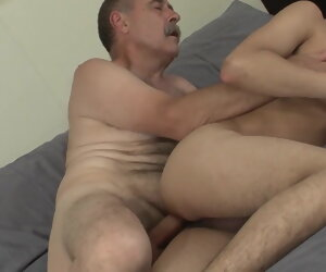 31:22 , Twink pays daddy for a hot bareback fuck set-to