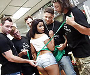 11:50 , Ebony Loni Legend Interracial Gangbang