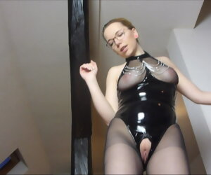 4:16 , JuleStern - Chum around with annoy slave has to lick the pussy clean after..