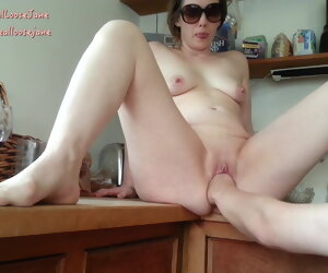 11:15 , Kitchen Fisting British Milf Jane