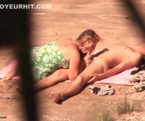 14:03 , These two are having sex on the beach