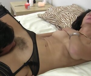 4:18 , Hairy British Houseiwife Going to bed Coupled with Sucking - MatureNL