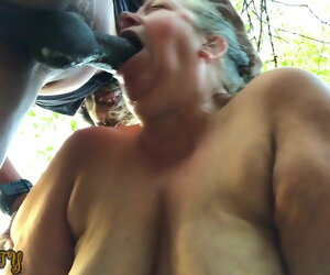 11:36 , Mature bbw gives deepthroat squirting blowjob in the woods