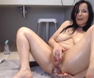 9:24 , 7:29 Best Squirter Ever..Awesome Pump Pussy