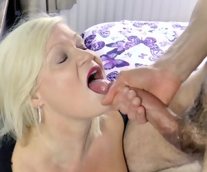 8:30 , AgedLovE Mature Lady Hardcore Fuck Adjacent to Handy Cadger