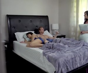20:48 , Daddy , dont wake mommy. Best sex again