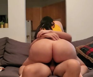 13:22 , Pawg Let Me Fuck Her For A Popeyes Poltroon Sandwich