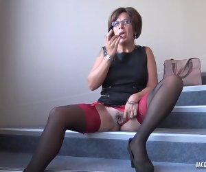46:00 , Alissa is a mature brunette with glasses who likes to get loads of cum on her..