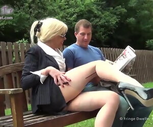 19:47 , Joanna Jet parking-lot sexual intercourse