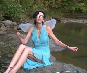11:28 , On the 10th Day of Halloween Willamina is the Blue Fairy
