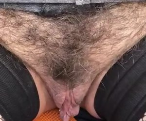 2:33 , Mature picketing hairy pussy in a car park